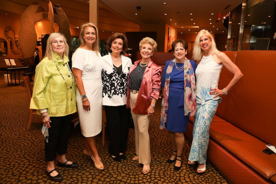 TUTS2021 Leading Ladies Luncheon